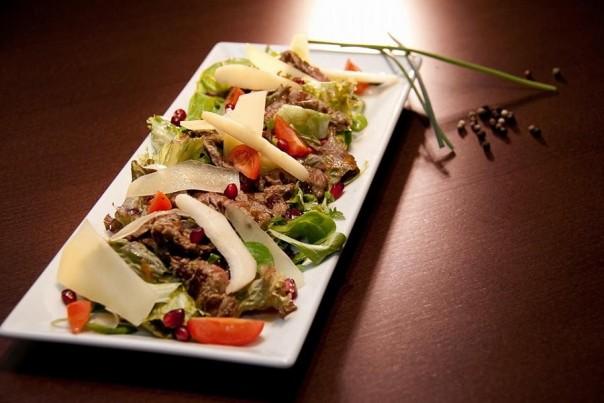 salata biftek