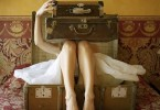 vintage-suitcase-and-girl