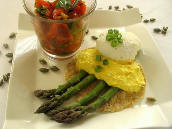 posirana jaja i spargle